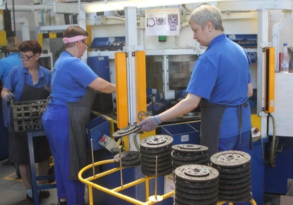 Как делают автокомпоненты для автомобилей Lada