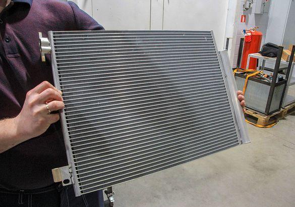 Мы разобрали новый Renault Duster 1.6 4x4: из чего и как он сделан